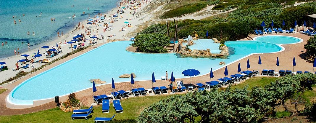 Sorgente solare piscine in sardegna da sogno salute e for Arredi per piscine